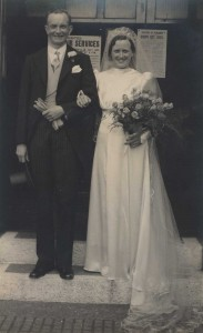 Eva & Billy outside Clarence Street Baptist Chapel on 6 July 1940